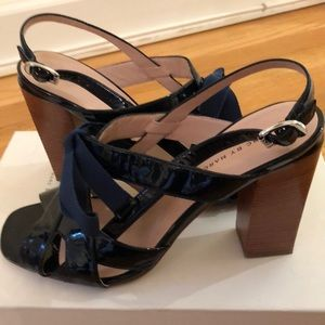 Marc by Marc Jacobs navy heels 8.5 /38.5